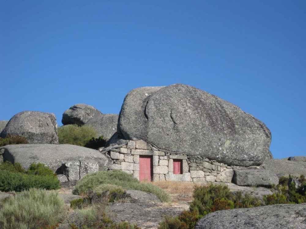Casa do Telhado em Pedra