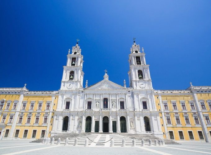 Lisbon, Sintra & Fatima daily tours by locals.