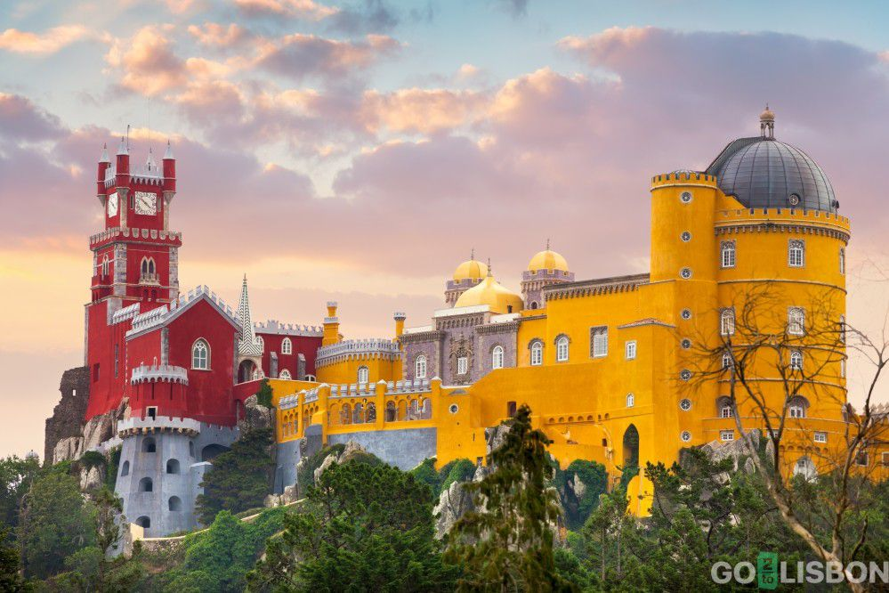 Sintra Amazing Daily Tour Tickets Included