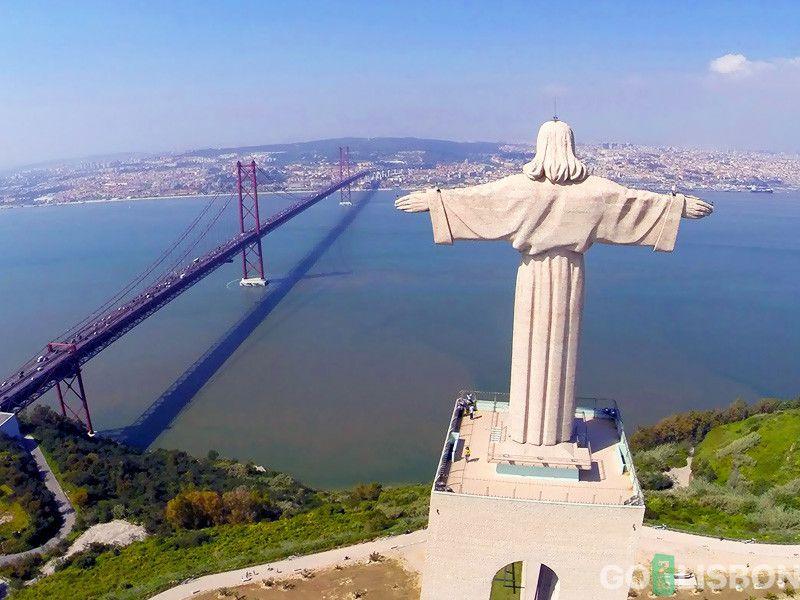 Christ statue Estatua del Cristo Rey